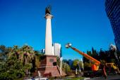 Обустройство монумента Михаила Архангела